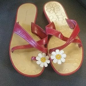 Red leather sandals with daisy. Amanda Smith 6.5 m